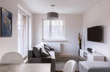 10 Wege, ein kleines Wohnzimmer größer aussehen zu lassen